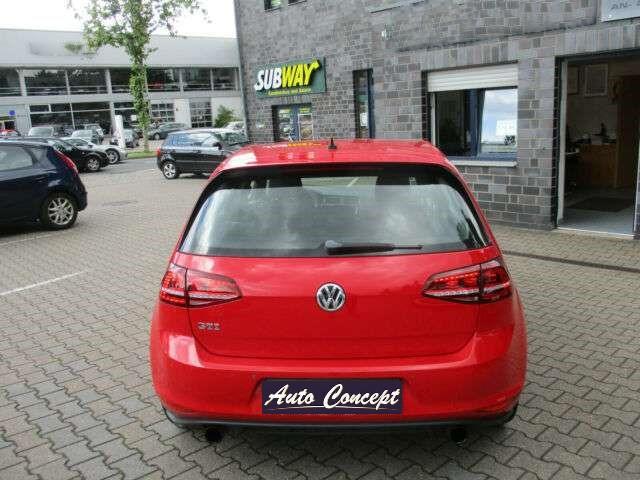 Volkswagen Golf VII 2 0 TSI 220ch GTI 12cv 5p