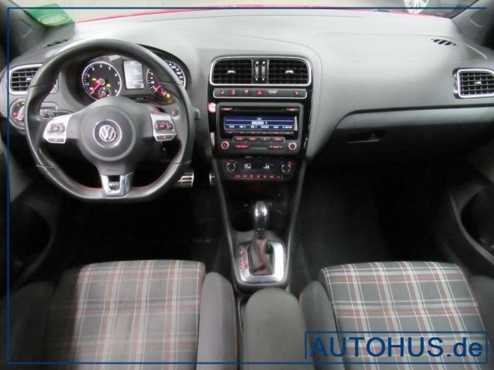 Volkswagen Polo V 1 4 TSI 180 GTI DSG7 3p