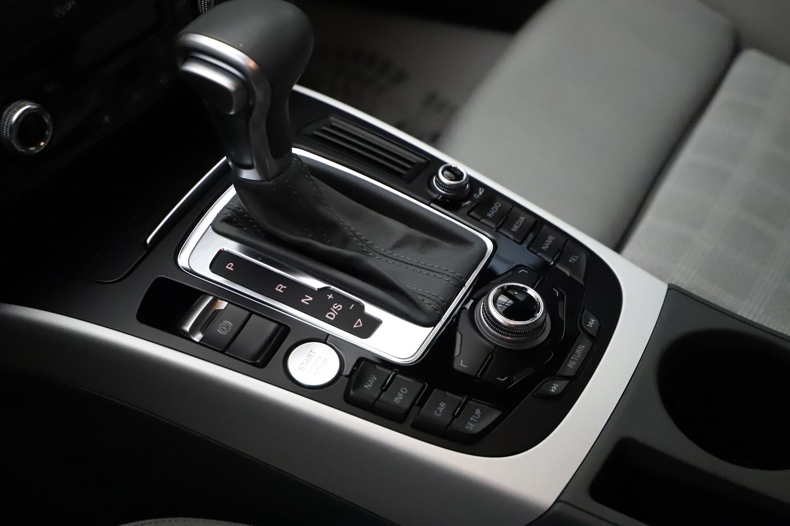 Audi A5  2 0 TDI 177ch S line quattro S tronic 7