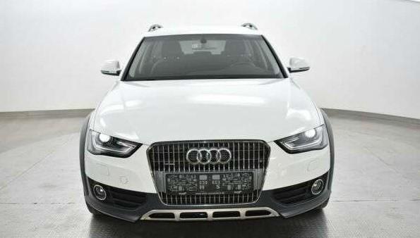 Audi A4 IV (B8) 2 0 TDI 190ch clean diesel DPF Attraction quattro S tronic 7 Euro6