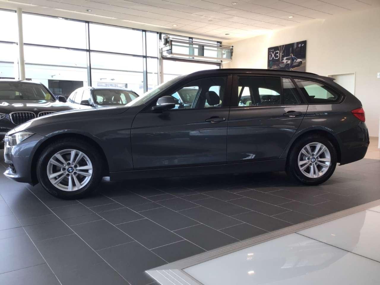 BMW Série 3 VI (F31) 318d 150ch Lounge